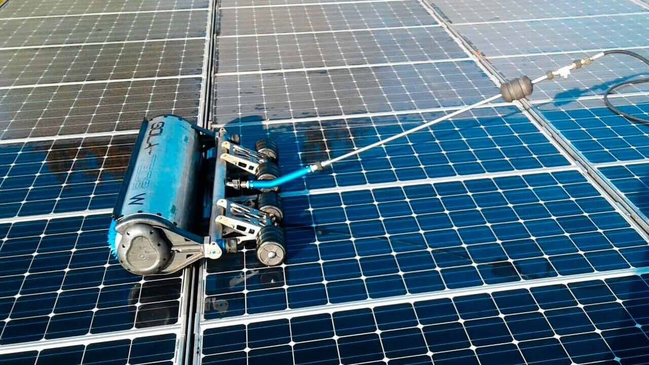 Reinigung Photovoltaik Anlage