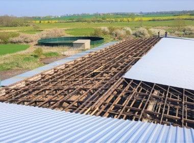 Rehna Photovoltaik Anlage kaufen - Dachfläche-sanieren.jpg