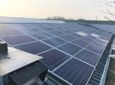 Dorf Mecklenburg - Photovoltaik-Anlage-kaufen.jpg