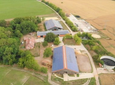 Photovoltaik Anlage 669 kWp Reithalle Wilhelminenhof - Photovoltaikanlage-Finanzierung_SunShineEnergy.jpg